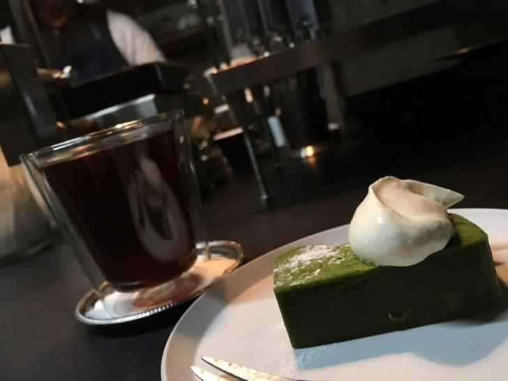 コーヒーは、オランダ製の名機・GIESEN(ギーセン)で自家焙煎してます。 深煎りから浅煎りまで、幅広いラインナップ。